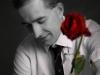 mężczyzna-z-różą